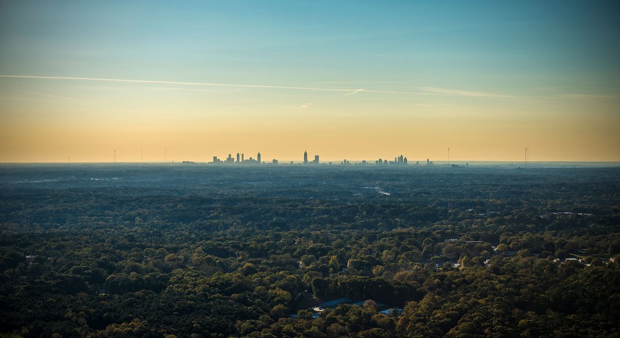 Atlanta center / skyline