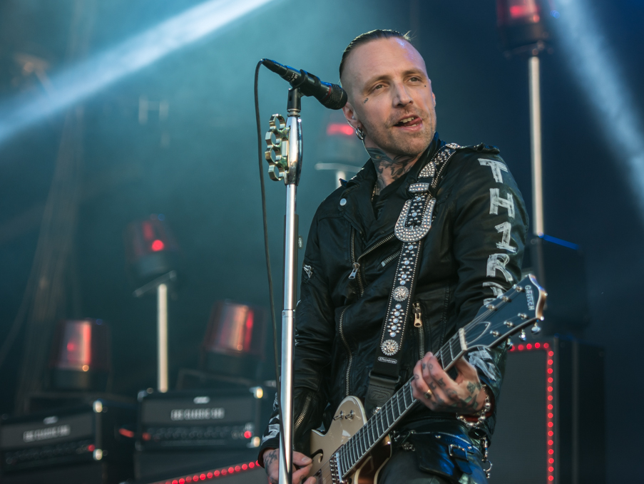 sweden rock backyard babies nicke borg