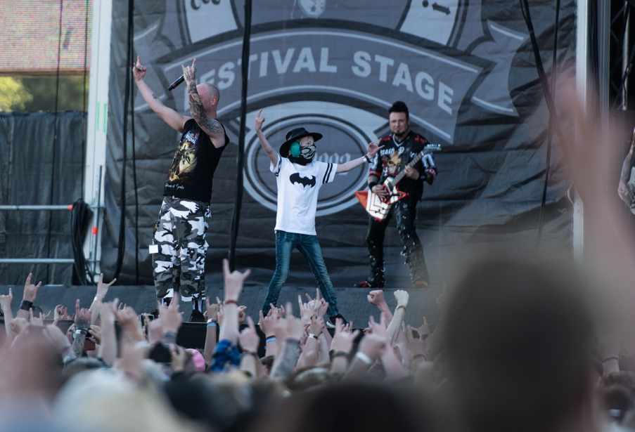 sweden rock five finger death punch